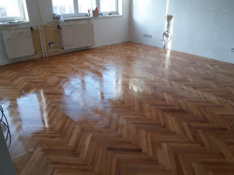 renovácia podlahy stromčekový vzor